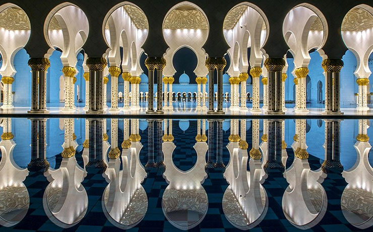 Зеркальная симметрия. Jiti Chadha